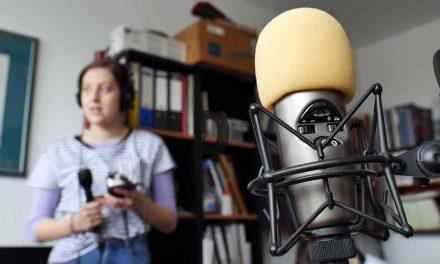 VIDEO: Micii reporteri învață meserie la Radio Timișoara – Un elev de 15 ani din Dumbrăvița dorește să rămână în branșă!