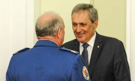 Ministrul Afacerilor Interne, Marcel Vela, a anunţat emiterea a două Ordonanţe militare