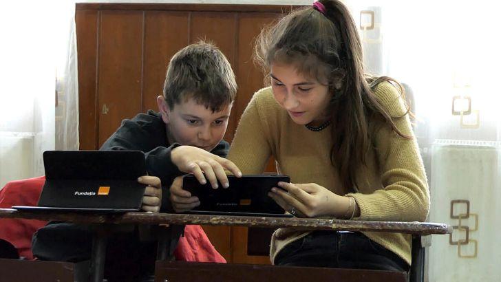 Anisie, despre termenul în care tabletele vor ajunge la elevi: Am pus termenul limită 10 septembrie