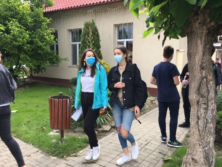 VIDEO: Promovabilitate de 98% la Școala Gimnazială din Dumbrăvița – Evaluarea Națională 2020