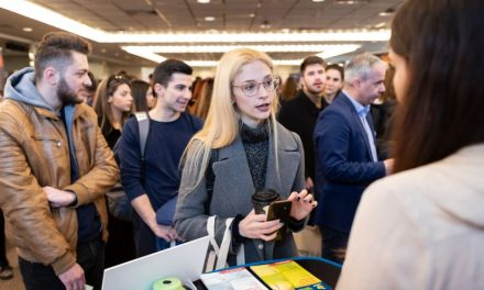 Marea Britanie: Cea mai căutată destinație pentru studii încă accesibilă pentru tinerii români