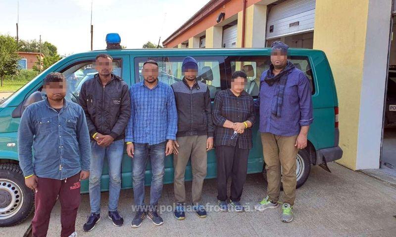 Trei cetăţeni români, cercetați pentru trafic de migranţi