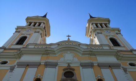 Sărbătoarea Nașterii Sfintei  Fecioare: Dumbrăvițenii participă la Sfânta Liturghie în bazilica din Maria Radna