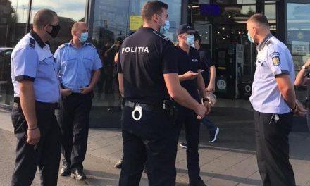 Polițiștii din Dumbrăvița efectuează controale pentru prevenirea și combaterea efectelor pandemiei de COVID-19