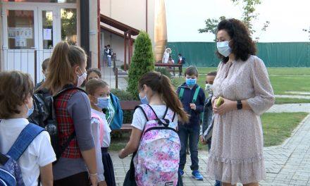 Ziua Mondială a Educației – Cum sărbătoresc profesorii și elevii dumbrăvițeni