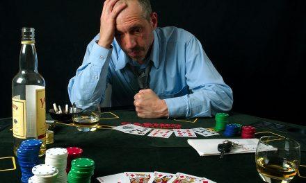 Potrivit unui studiu realizat, șase din zece bărbați sunt infideli financiar