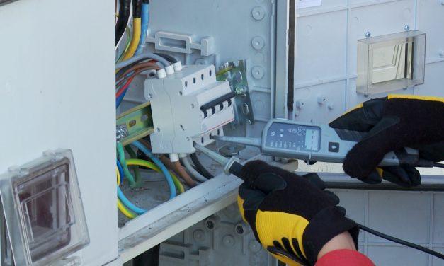 Vineri sunt anunțate întreruperi de energie electrică în Dumbrăvița