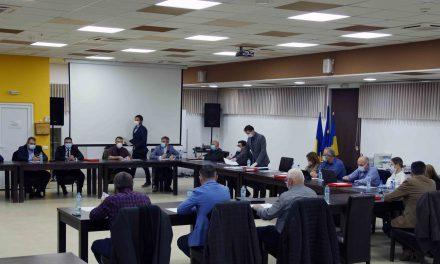 VIDEO: Aleșii locali din Dumbrăvița au stabilit componența comisiilor – Luptă mare la Buget-Finanțe-Urbanism