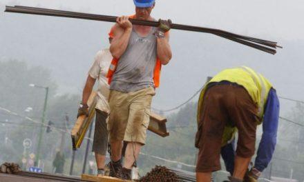 INS: Creştere cu două cifre a volumului lucrărilor în construcţii, în primele nouă luni