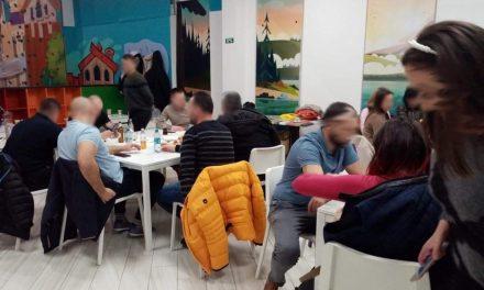 FOTO: Petrecere cu zeci de persoane, oprită de Poliția Locală – Dumbrăvițenii rămân repetenți la responsabilitate!