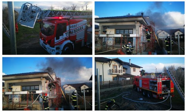 FOTO: Incendiu la o casă în construcție din Dumbrăvița – De la ce au pornit focul