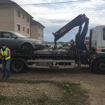 A fost ridicată cea de-a doua mașină abandonată de pe domeniul public din Dumbrăvița