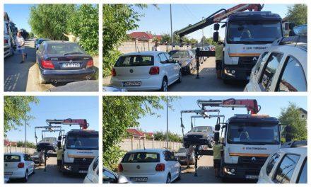 """FOTO: S-a mai ridicat o """"epavă pe patru roți"""" din Dumbrăvița"""