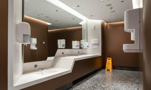 HoReCa – În ultimele luni, proprietarii de hoteluri, restaurante și cafenele au investit în reamenajări și ȋn soluții avansate de igienă